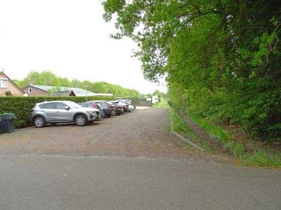 Stalling parkeerplaats Camping de Lijsterbes